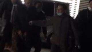 指名手配犯逮捕の瞬間がまるでヤンキー同士の喧嘩のようだと話題<動画>怖すぎ泣いたwwwww