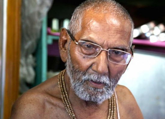 wpid-PAY-Swami-Sivananda-claims-to-be-the-oldest-man.jpg
