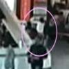 金正男氏 暗殺される犯行の瞬間<動画とGIF>防犯カメラ映像 たった2秒の犯行