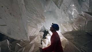 メキシコの洞窟で推定年齢5万歳の微生物を発見<画像>閉じ込められた状態で生き続ける