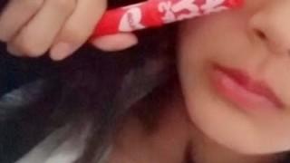 仕方なしに化粧(色付きリップ)した女子中学生の末路 →