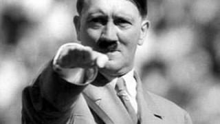 【悲報】ヒトラーにそっくり罪で逮捕された男性が話題 → 画像