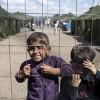 安倍政府 シリア難民を家族ごと受け入れ 生活手当も支給 永住まで許可 →2chの反応