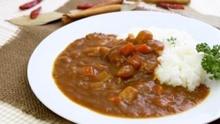 「大阪人はカレーを全部混ぜてから食べる」カレーライスの食べ方めぐって論争に