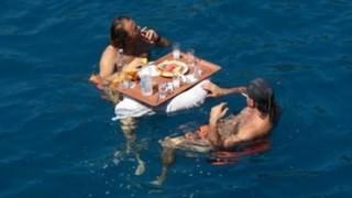 遭難した時に海水飲んだり雪食べちゃダメなのは何故なのか
