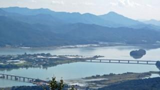 【画像】韓国ソウル近郊の川の色がヤバいwwwwww