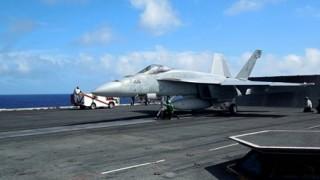 アメリカ軍の空母デカすぎワロタwwwwww