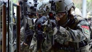 韓国海兵隊の防弾ヘルメットがおかしい→『コスプレ』グッズだったと話題に ※画像アリ※