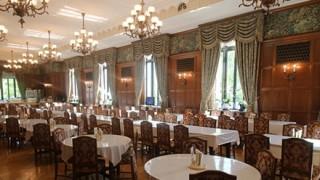 国会議事堂の食堂 この定食が950円<画像>国会議員、特権すぎだろ