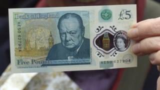 【物議】イギリス新紙幣に恥ずかしい文法ミスが印字されていると話題に