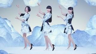 【泡ダンス】Perfumeさん『洗濯機の動き』をダンスで再現してしまう