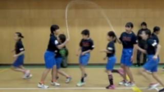 【神業しゅごい】日本の小学生「高速縄跳び」世界記録樹立ヾ(*≧∀≦)ノ゙ GIfと動画