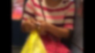 【お前ら注意】小田急線に『黒服大嫌いバアさん』登場<動画とGIf>黒い服を着てると絡まれる事案が発生