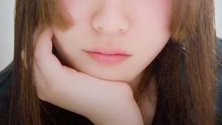 【見たくなかった悲報】美少女ニコ生主さん鼻クソ食べる放送事故
