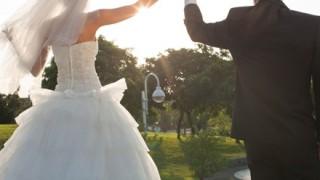 【禁断愛】インドネシアで73歳と15歳のガチ恋愛<画像>異例の年の差結婚式