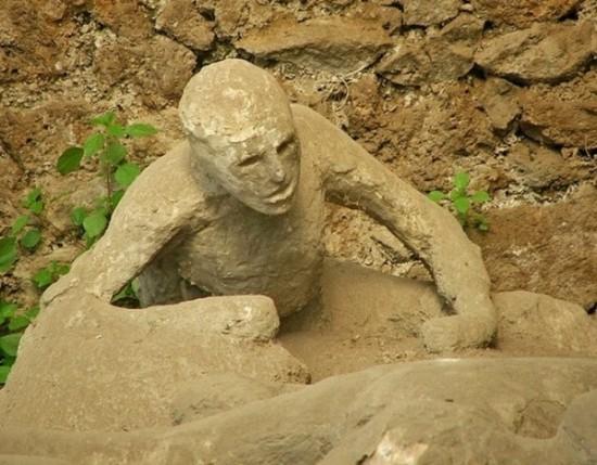 เปิดตำนานปอมเปอี เมืองแห่งภูเขาไฟมรณะ ฝังทั้งเป็นคนนับหมื่นในสุสานลาวา