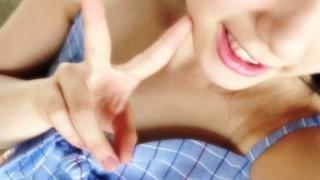 【悲報】女子中学生アイドルさんノーブラで手を振った結果 ⇒GIfと動画