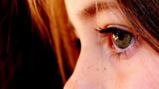 【画像】人間の目を高性能カメラで接写した結果