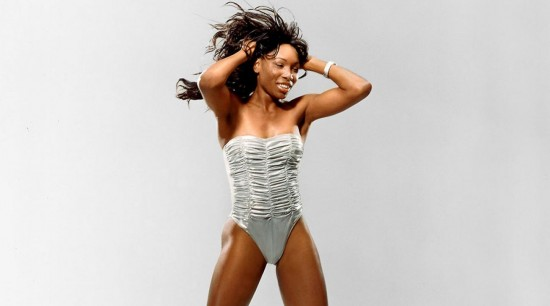 venus-williams-swimsuit-lead