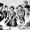 東京新聞「日本の保守派は慰安婦は奴隷ではなかったと反論するが日本軍人の性の相手をさせられたという事実から目をそらすな」