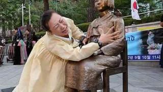 【韓国って楽しい】慰安婦少女像バスが登場 韓国人賞賛!