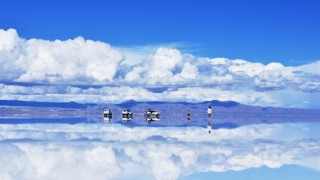 ウユニ塩湖『インスタバエ』の捨てるゴミで危機的状況に…ウユニ塩湖に行くべきではない5つの理由