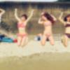 【画像】ま~んさん「ほぼ全裸で海に行ってきたwww」