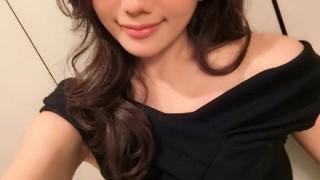 【画像】『神ボディ』の美人すぎる女子アナウンサーが初写真集を発売!