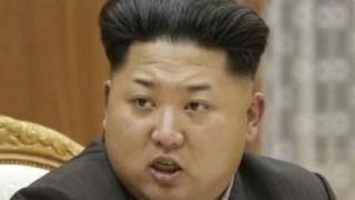 【太り過ぎ】金正恩さんメガネがコメカミにめり込む