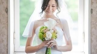 【悲報】まんさん、ついに一人で結婚し始める