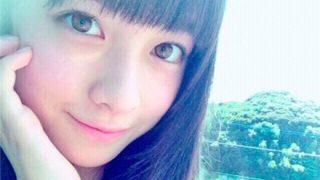 【悲報】橋本環奈ちゃん 脇から肉がハミ出る →画像