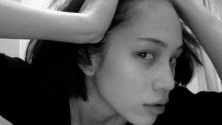 【下品】水原希子さん『お尻』食い込みショットに「気持ち悪い」「逆セクハラ」フルボッコ