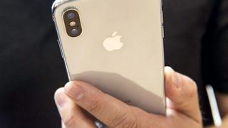 【画像】iPhone Xと iPhone7を並べた結果