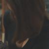 【天使】オッパイ撮られてるのに気づいたロシア女教師の反応 →GIF画像