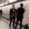 【喧嘩】ワンパンKO『戦闘力』高すぎる梅田のサラリーマンが話題 →GIFと動画