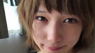 【悲報】本田翼『フェラ顔ダブルピース』白人デザイナーに撮られインスタに公開されてしまう →画像