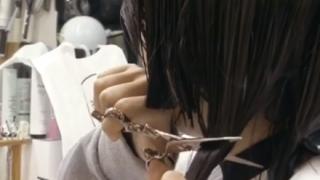 【透明感】珍しくガチすっぴん 広瀬すずちゃん『断髪式』に大反響 →GIfと動画像