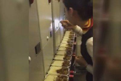 【炎上】中国の美人スチュワーデスが乗客の機内食15個を一気食いwwwwwww