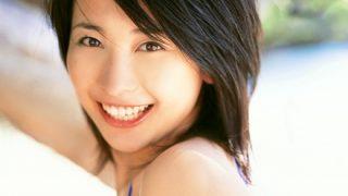 【並びます】山崎真美さん全裸チクビ透け画像 32歳現在と全盛期