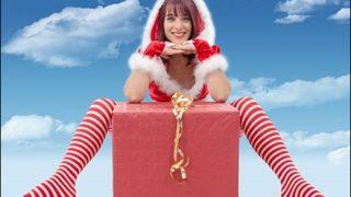 【画像】クリスマスだしエッチな格好したサンタのお姉さんたち
