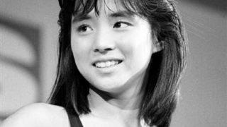 【画像】可愛いすぎるババア石田ゆり子さん 18歳キャンギャルTV出演映像ほか