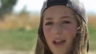 【炎上】12歳の女の子に批判が殺到した画像がコレ ⇒