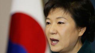 【朴槿恵】韓国初の女性大統領になった女の末路 ⇒