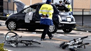 【画像】85歳の事故り方なんやねんこれ・・・