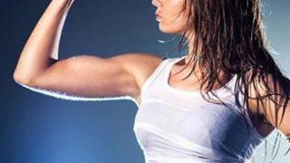 【画像】筋肉女子「鍛え上げたカラダ晒すンゴwwww」