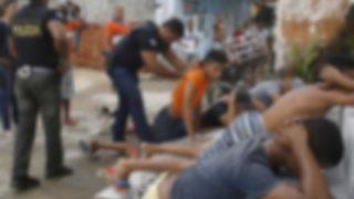 【画像】ブラジル警察が麻薬の売人から押収した武器がヤバいwwwww