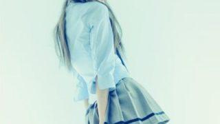 【パンツの本】制服女子高生の体育座りを下から見る写真集が発売