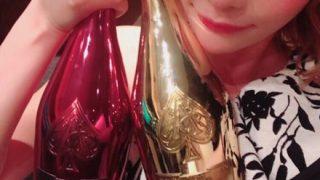 【シャンパンタワー】歌舞伎町の人気キャバクラ嬢 お誕生日の様子をご覧ください →動画像