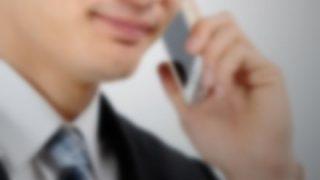 電話中のリーマンの横で「パチンコ屋におるんやけどさー!」って電話するフリするの楽しすぎw
