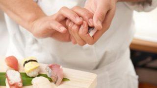 『女が握った寿司は食べない』女性の寿司職人の店に6年通い詰めた男性寿司職人